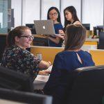 people in workplace 150x150 - 3 Kryptounternehmen, die gut für die Gesellschaft sind.
